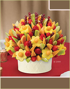 Edible Arrangements 174 Kuwait Fruit Baskets Chocolate